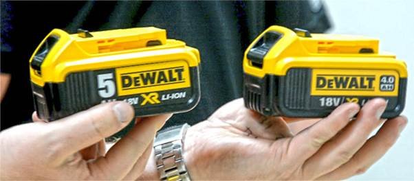 Dewalt 5ah Battery and 4Ah